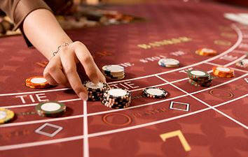 baccarat veto peli miten pelata baccaratia pöytä